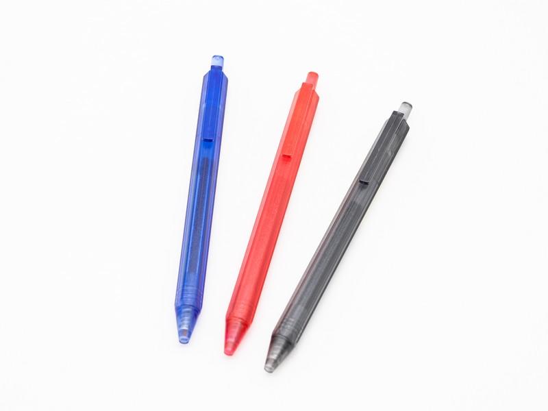 ปากกาเจล NARITA รุ่น 100 ดีไซน์ด้ามทรงหกเหลี่ยม